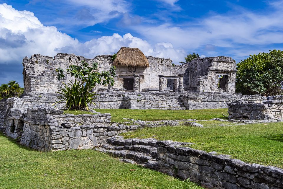Photographic excursion to the archaeological site of Tulum