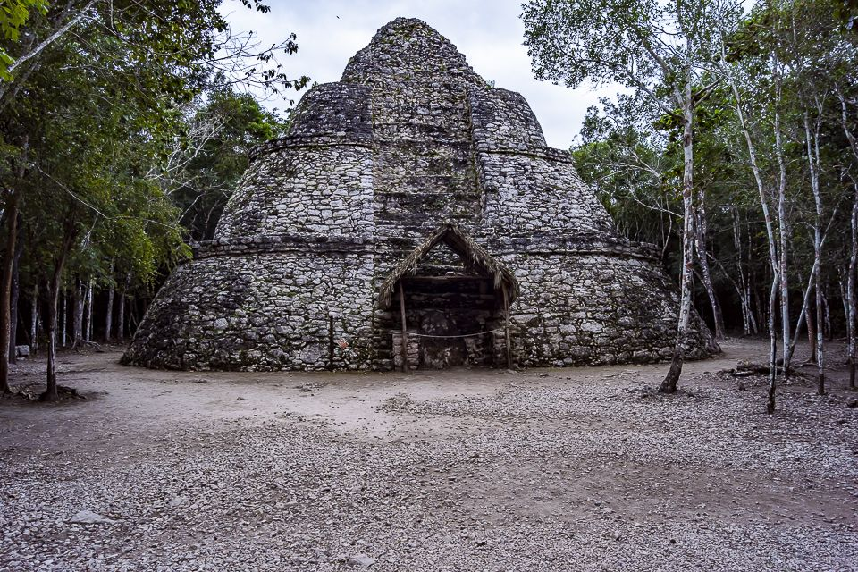 Photographic exploration of the archaeological site of Coba